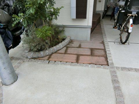 花壇リフォーム( 駐車場 庭 外構工事)港南区サムネイル